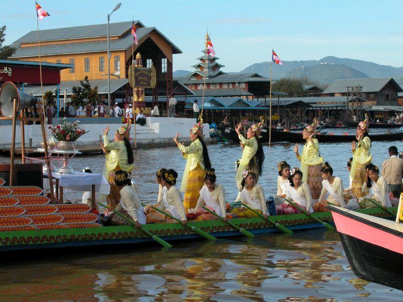 Lago Inle Festival Viaggio di Gruppo Pamm Travel